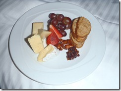 RBuchanan Delta Sun Peaks cheese plate P1170001