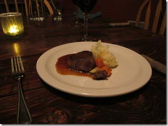 RBuchanan photo Rico Hotel steak petite IMG_5353