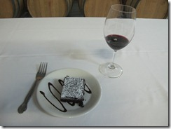 RBuchanan photo IMG_0267 - Kettle Valley Winery 20th Anniversary Cake