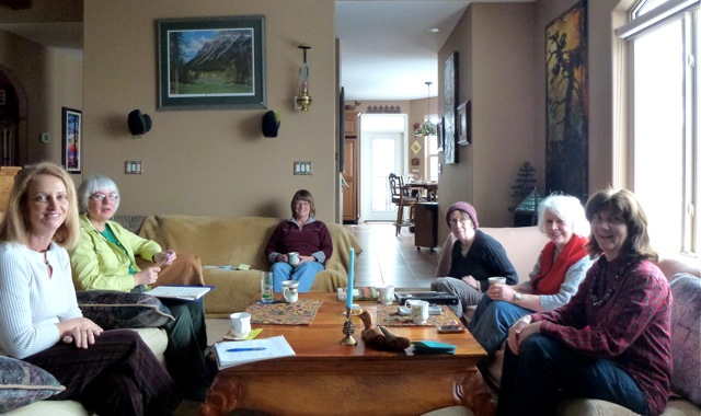 Photo by Michelle Barker: right to left, Claire Festel, Sonni Bone, Norma Hill, Roslyne Buchanan, Aggie Stevens, Louise Devaux